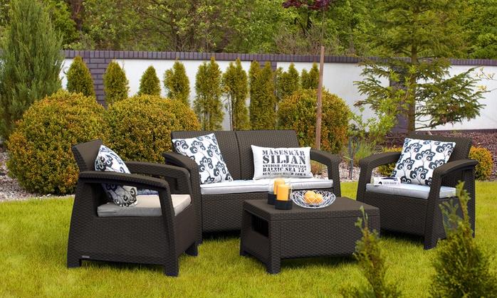 set de muebles de jardin